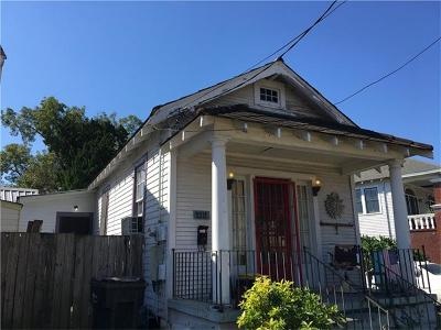 New Orleans Single Family Home For Sale: 2212 Barracks Street