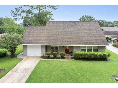 Destrehan Single Family Home For Sale: 315 Ormond Oaks Drive