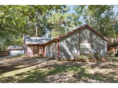 Single Family Home Pending Continue to Show: 704 Willow Oak Lane