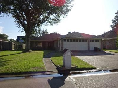 Destrehan Single Family Home For Sale: 39 Devereaux Drive