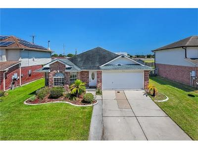 Harvey Single Family Home For Sale: 3605 Aspen Drive
