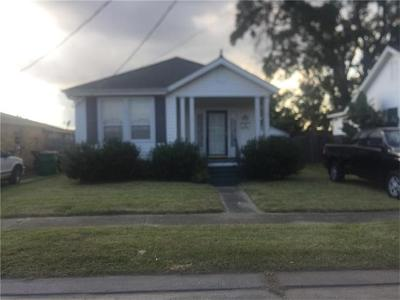 Jefferson Single Family Home Pending Continue to Show: 438 Coolidge Street