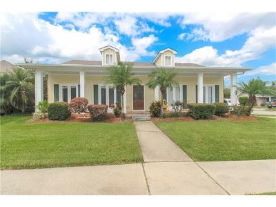 Kenner Single Family Home For Sale: 12 Saint Bridget Drive