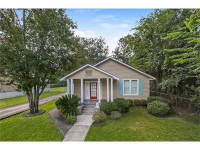 Single Family Home Pending Continue to Show: 415 Jackson Avenue