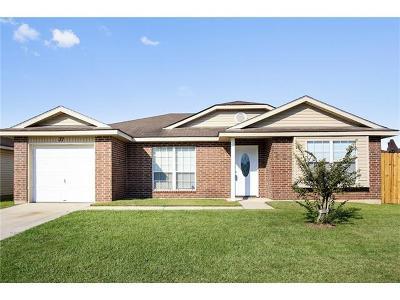 Westwego Single Family Home For Sale: 37 Marigold Lane