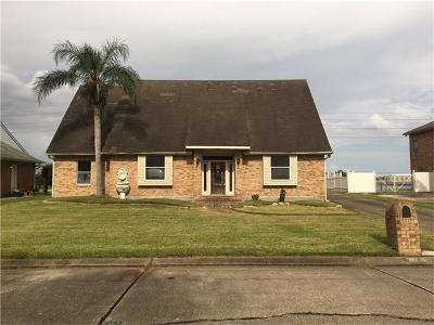 Gretna Single Family Home For Sale: 3537 Lake Lynn Drive