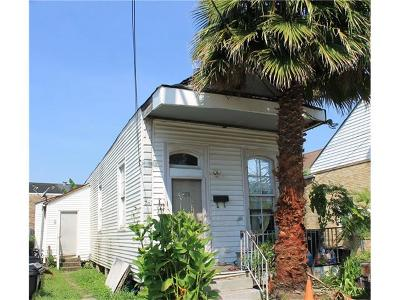 Jefferson Parish, Orleans Parish Multi Family Home For Sale: 528 Tupelo Street