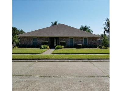 Kenner Single Family Home Pending Continue to Show: 4 Ranier Street