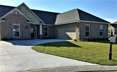 Marrero Single Family Home Pending Continue to Show: 2669 Ville Platte Court