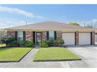 Kenner Single Family Home Pending Continue to Show: 3605 Lake Trail Drive