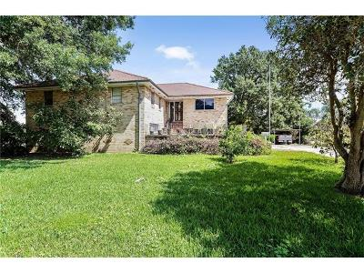 Metairie Single Family Home For Sale: 1517 Poinsettia Drive