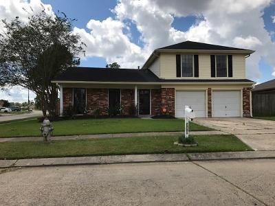 Harvey Single Family Home For Sale: 2001 Portola Via