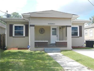 Harvey Single Family Home For Sale: 714 Macarthur Avenue
