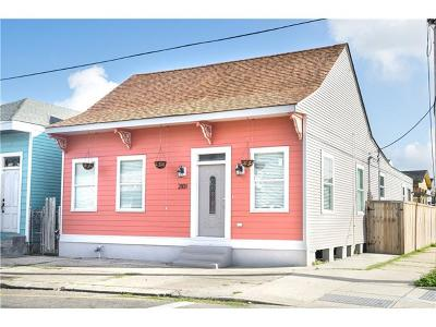 New Orleans Single Family Home For Sale: 2101 Lapeyrouse Street