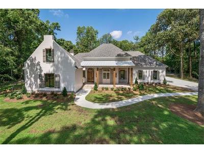 Madisonville Single Family Home Pending Continue to Show: 126 Pontchartrain Oaks Drive