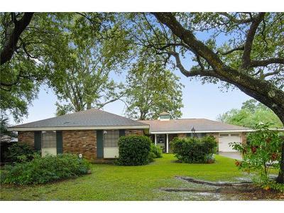 Jefferson Single Family Home For Sale: 3407 Sundorn Street