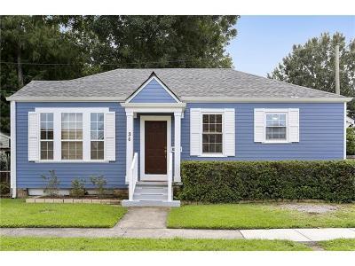 Jefferson Single Family Home For Sale: 30 Joyce Avenue