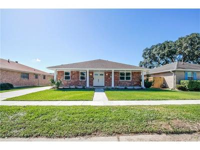 Kenner Single Family Home For Sale: 59 Driftwood Boulevard