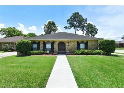 Single Family Home For Sale: 4828 Belle Drive