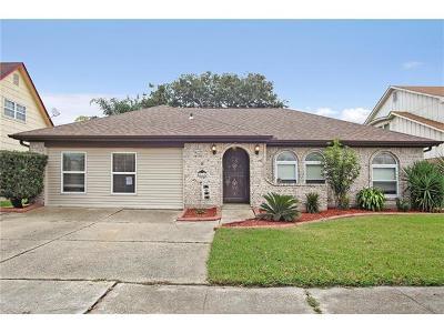 Gretna Single Family Home For Sale: 565 Brookmeade Drive