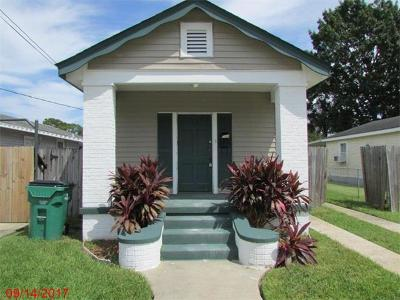 Harvey Single Family Home For Sale: 633 Bellanger Street