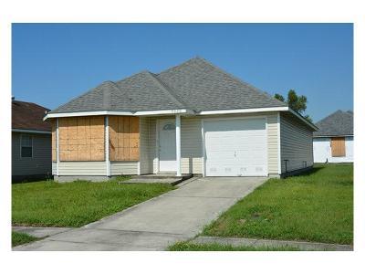 Jefferson Single Family Home For Sale: 9303 E Claiborne Parkway