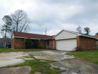 Slidell Single Family Home For Sale: 105 Jeff Circle