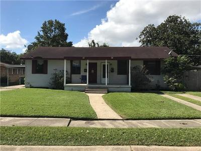 Metairie Multi Family Home Pending Continue to Show: 414 E William David Parkway