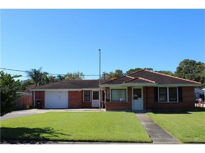 Kenner Single Family Home For Sale: 1513 Fairway Drive