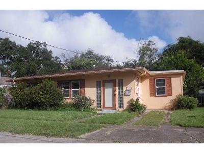Metairie Single Family Home For Sale: 3745 Lausat Street