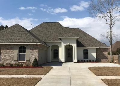 Madisonville Single Family Home For Sale: 325 Cedar Creek Drive