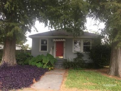 Harvey Single Family Home For Sale: 637 Saint Joseph Lane