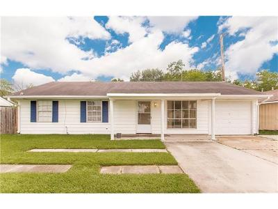 Westwego Single Family Home Pending Continue to Show: 476 Ruth Drive