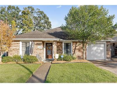 Metairie Single Family Home For Sale: 2105 Division Street