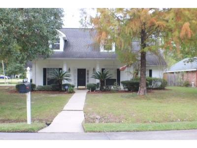 Single Family Home Pending Continue to Show: 1101 Torrence Drive