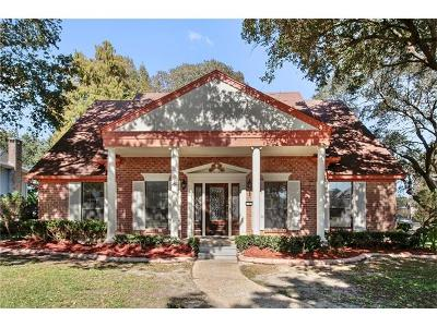 New Orleans Single Family Home For Sale: 1 Olympic Court