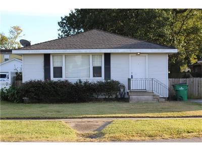 Metairie LA Single Family Home For Sale: $159,900
