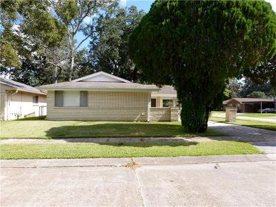 Marrero Single Family Home Pending Continue to Show: 2125 Bonnie Ann Drive