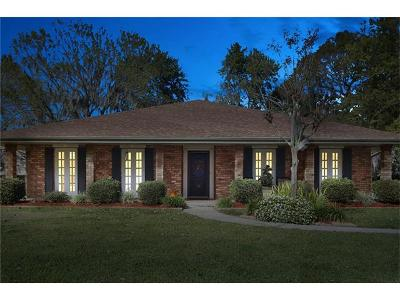 Destrehan Single Family Home Pending Continue to Show: 15 Belle Helene Drive