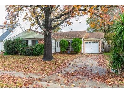 Gretna Single Family Home For Sale: 223 Brett Drive