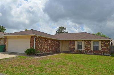 Harvey Single Family Home For Sale: 2448 E Sunnymeade Drive