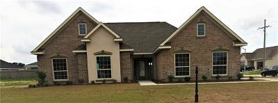 Marrero Single Family Home Pending Continue to Show: 2669 Acadiana Trace