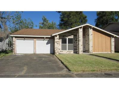 Harvey Single Family Home For Sale: 2337 Deerlick Lane