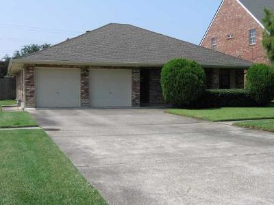 Kenner Single Family Home Pending Continue to Show: 5016 Rebecca Boulevard