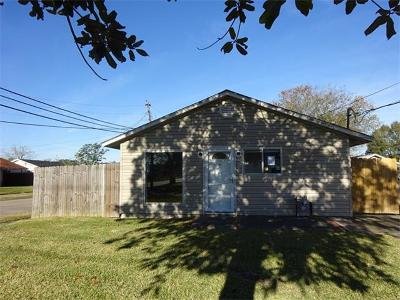 Westwego Single Family Home For Sale: 396 Helis Drive
