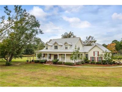 Madisonville Single Family Home For Sale: 111 Ruelle Du Chene Drive