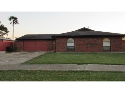 Harvey Single Family Home For Sale: 2223 N Friendship Drive