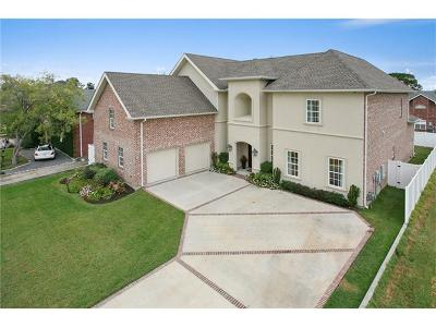 Kenner Single Family Home For Sale: 4905 Rebecca Boulevard