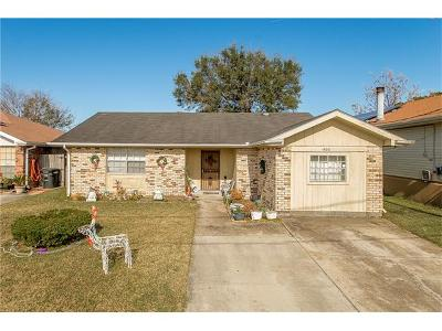 Kenner Single Family Home Pending Continue to Show: 1600 Mayfield Street