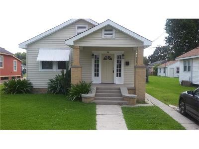 Harvey Single Family Home For Sale: 524 Brown Avenue